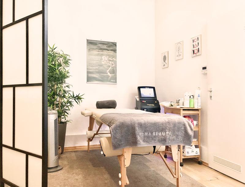 Behandlungsraum Amara Berlin