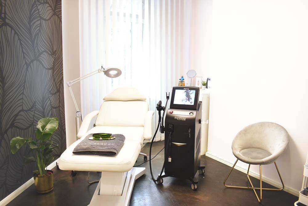 Behandlungsraum Laser-Haarentfernung